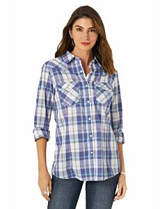 Women's Essential Long Sleeve Double Chest Pocket Plaid Cotton Polyester Western Snap Shirt